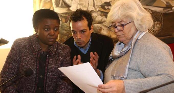 """Cie,  Kyenge: """"Troppi costi e risultati scarsi. Stop a detenzione stranieri"""""""